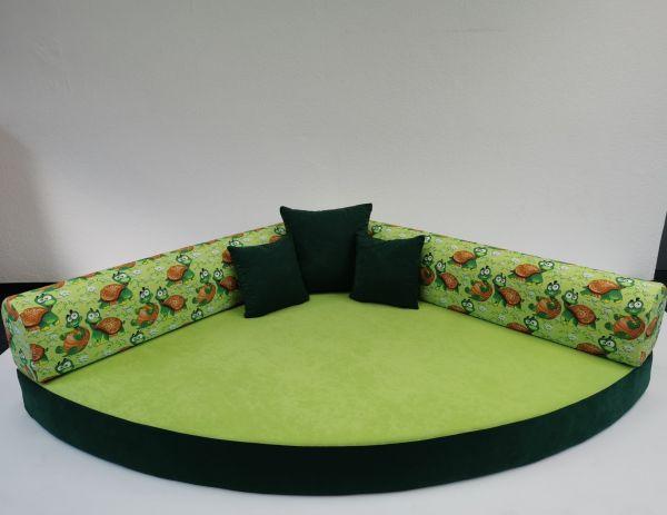 Kuschelecke Viertelkreis lustige Schildkröten inkl. Kissen, 140 x140 cm Made in