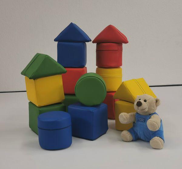 Baby-Bausteinsatz 16-teilig rot,grün,blau und gelb